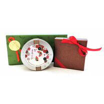 Chocolates + Chant de Noël tea Giftset