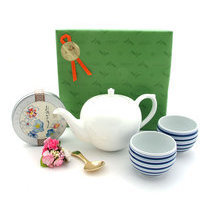 TEA TIME SET OMEDETO